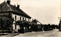 Arc et Senans - Hotel de la Poste - Arc-et-Senans