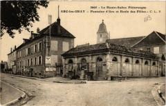 Arc-les-Gray - Fontaine d'Arc et Ecole des Filles - Arc-lès-Gray