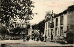 Ricaud-prés Labastide-d'Anjou La Mairie et le Chateau - Labastide-d'Anjou