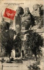 Le Caylar - La Fontaine et Tour de l'Horloge - Le Caylar