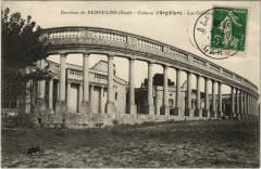 Environs de Remoulins - Chateau d'Argilliers Les Colonn.. - Remoulins