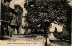 Remoulins - Place et Tour du Portail - Remoulins