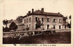 Saint-Priest-Ligoure - Les Ecoles et la Mairie - Saint-Priest-Ligoure