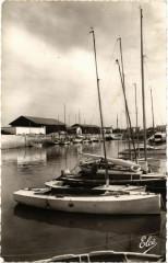 Ile-de-Re - Ars-en-Re - Bateaux au Port - Ars-en-Ré