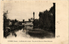 Vivonne Le Moulin de la Levée Vue prise du Pont de la Route Nat - Vivonne