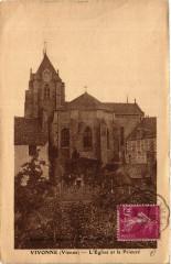 Vivonne - L'Eglise et le Prieure - Vivonne