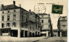 Loudun - Place Saint-Croix - Loudun