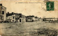 Charroux - Gendarmerie et Place Saint-Pierre - Charroux