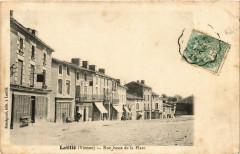 Latille - Rue basse de la Place - Latillé