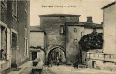 Charroux - Le Porche - Charroux