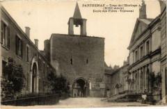 Parthenay - Tour de l'Horloge - Parthenay