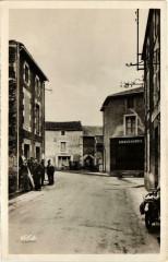Thenezay - Rue Saint-Honore - Thénezay