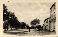 Sauze-Vaussais (Deux-Sevre) - Place de la Foire-aux Boeufs - Sauzé-Vaussais