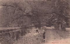 58. Château de Maintenon - Un coin du Parc (c.1910)  - Maintenon