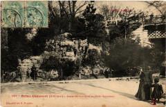 Buttes Chaumont - Escalier rustique du Pont Secrétan - Paris 19e