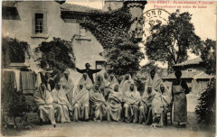 Saint-Peray Bains résineux Roche. Rhumatisants en tenue de bains - Saint-Péray