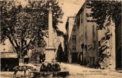Riez Place et Fontaine de la Colonne - Riez