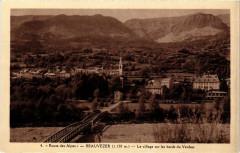 Beauvezer Le village sur les bords du Verdon - Beauvezer