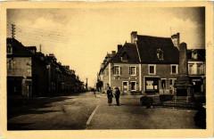 Villefranche-d'Allier Le Carrefour et la route de Montlucon - Villefranche-d'Allier