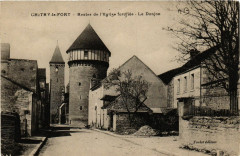 Chitry-le-Fort - Restes de l'Eglise fotifiee - Le Donjon - Chitry