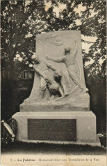 La Faloise Monument aux Travailleurs de la Voie - La Faloise