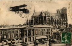 Aeroplan ci-dessus a Reims (Fantaisien) 51 Reims