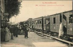 Boussens Arrivée d'un Train en Gare - Boussens