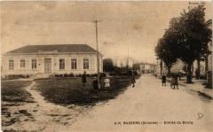 Bassens - Entrée du Bourg - Bassens