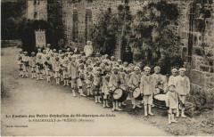 Saint-Fraimbault-de-Prieres Orphelins - Saint-Fraimbault-de-Prières