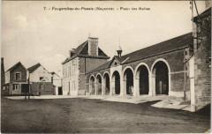 Fourgerolles du Plessis - Place des Halles - Placé