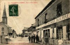 Sainte-Gemmes-le-Robert - Place et Route d'Evron - Sainte-Gemmes-le-Robert