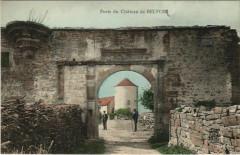 Belvoir Porte du Chateau de Belvoir - Belvoir