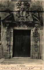 Soubise. Porte de la Maison Historique - Soubise