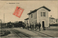 Mirambeau La Gare Locomotive - Mirambeau