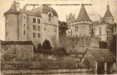 Charente - Verneuil - Vue générale du Chateau facade Est - Verneuil