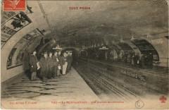 Le Metropolitain - Une Station souterraine 75 Paris 11e