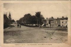 Thenezay Les Promenades - Vers la Mairie et l'Eglise - Rom