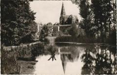 Saint-Varent L'Eglise et les Bords du Thouaret - Saint-Varent