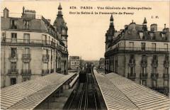 Vue Générale du Métropolitain - Sur la Seine à la Passerelle de Passy - Paris 16e