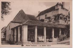 Le marché couvert - Plazac