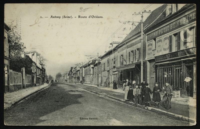 Carte postale ancienne Route d'Orléans à Antony