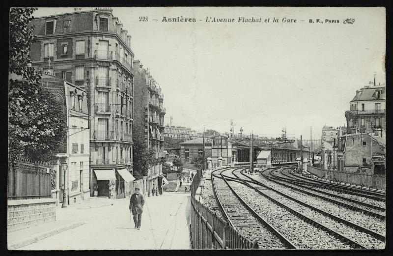 Carte postale ancienne L'Avenue Flachat et La Gare à Asnières-sur-Seine
