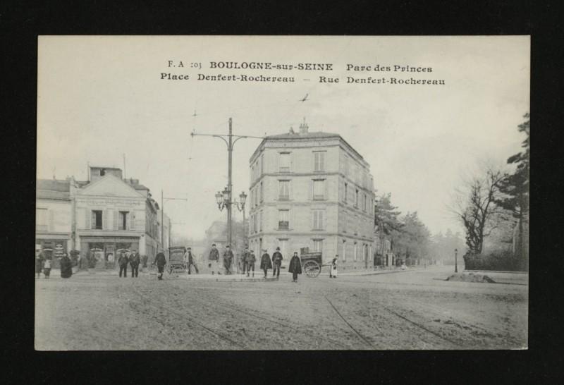 Carte postale ancienne Parc des Princes - Place Denfert-Rochereau-Rue Denfert-Rochereau à Boulogne-Billancourt