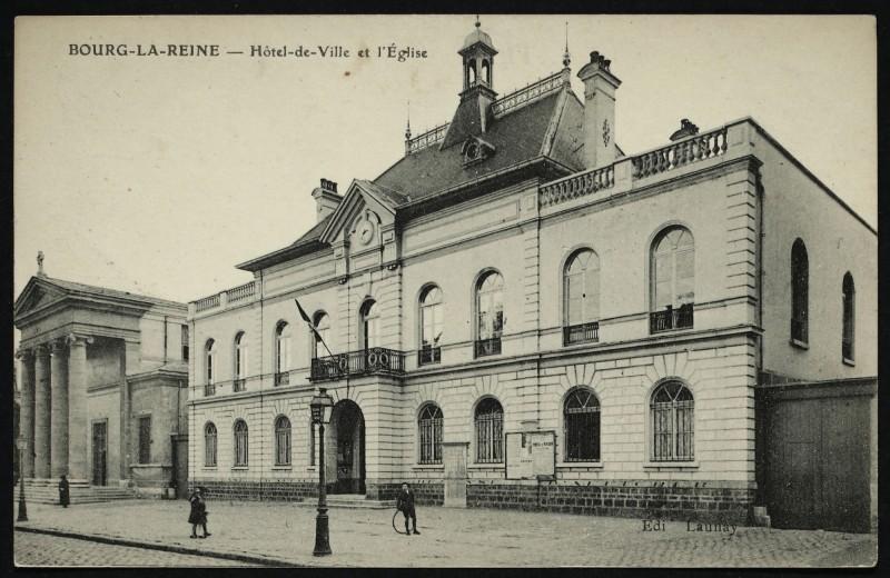 Carte postale ancienne Hôtel-de-Ville et l'Eglise à Bourg-la-Reine