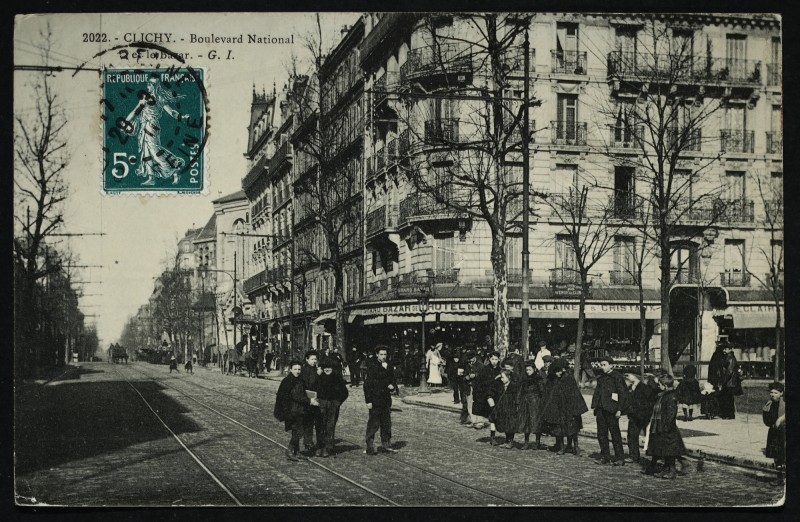Carte postale ancienne Boulevard National et le Bazar à Clichy
