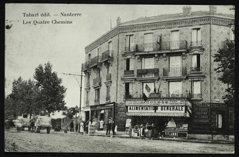 Carte postale ancienne Le carrefour des Quatre-Chemins à Colombes