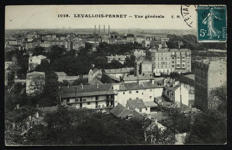 Carte postale ancienne Vue générale à Levallois-Perret