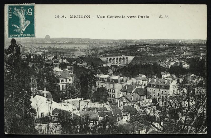 Carte postale ancienne Vue Générale vers Paris à Meudon