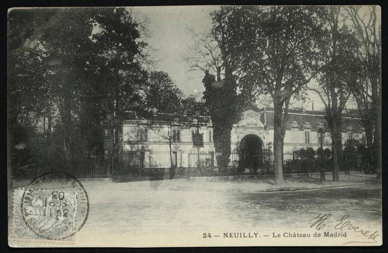 Carte postale ancienne Le Château de Madrid à Neuilly-sur-Seine