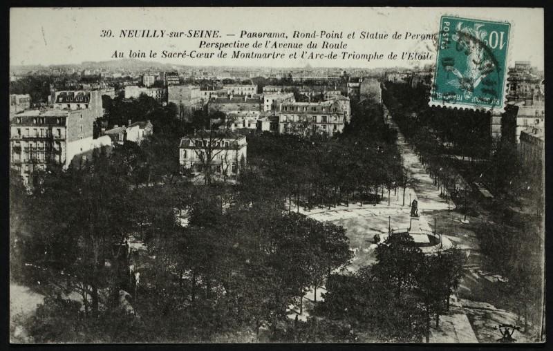 Carte postale ancienne Panorama, Rond-Point et Statue de Perronet - Perspective de l'avenue du Roule - Au loin, le Sacré-Coeur de Montmartre et l'Arc de Triomphe à Neuilly-sur-Seine